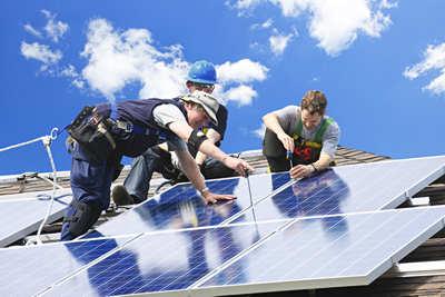 Monteure aus Polen für Photovoltaik-Anlagen